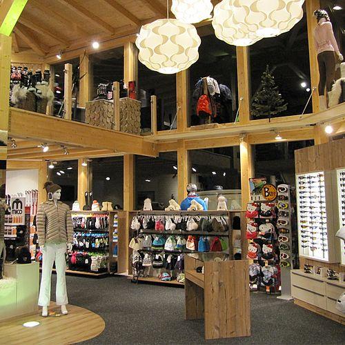 Skiverleih Arena - Innenansicht Shop